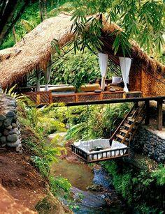 426525 591596620853555 1148262107 n Luxury Tree House Living