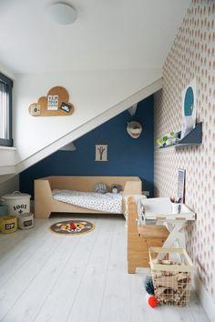 Chambre d'enfant sous combles.
