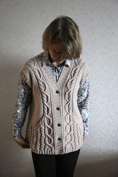 Ravelry, Knitting Designs, Knitting Patterns, Knitted Shawls, Knitted Blankets, Roosevelt, Knit Vest Pattern, Big Knit Blanket, Big Knits