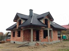 Home Building Design, Building A House, Roof Design, House Design, Roof Styles, House Styles, Wooden House Decoration, Modern Bungalow House, Home Structure