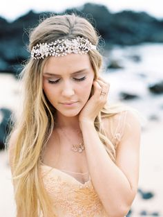 Elegant Maui wedding inspiration   Photos by Wendy Laurel Photography. Headpiece: Twigs & Honey