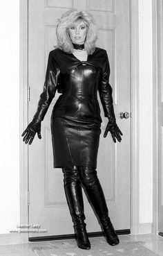 Leather Dresses, Leather Skirt, Vintage Leather, Black Leather, Img Models, Blonde Beauty, Dress With Boots, Leather Gloves, Retro Vintage