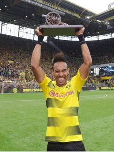 Pierre-Emerick Aubameyang scored a late penalty for Borussia Dortmund on the final day of the season, to finish as the Bundesliga's top sco. Football Is Life, Football Players, Boudoir Photos, What To Wear, African, Boots, Pierre Emerick, Women, Sport