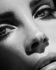 Megan Fox Blonde, Ldr, Portraits, Close Up, Pure Products, Black And White, Instagram, Faces, Lana Del Rey