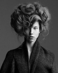 """A modern Gibson Girl hairstyle. Gibson Girls were considered the """"ideal women"""" of the early 1900′s and were characterized by their extravagant hairstyles and tiny waistlines. I would just like to say that this hairstyle is sick. It's elegant, dramatic, an"""