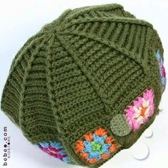 Crochet hat with a granny square brim border Poney Crochet, Crochet Pony, Crochet Beret, Crochet Kids Hats, Crochet Cap, Baby Hats Knitting, Crochet Shoes, Knitted Hats, Crochet Classes