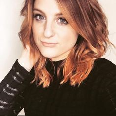 Meghan Trainor Debuts Fiery Red Hair for Her New Album -- See the Pic! Meghan Trainor, Hair Styles 2016, Short Hair Styles, Red Hair Inspo, Fiery Red Hair, Rapper, New Hair Colors, Hair Transformation, Celebrity Hairstyles