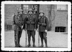 The best dressed soldiers in history? Poland History, Invasion Of Poland, History Page, Soviet Union, Call Of Duty, Military History, World War Two, Ww2, Sailor