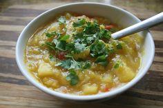 LuzPattenrs.com pumpkin soup recipe #healthyeating #recipe #food