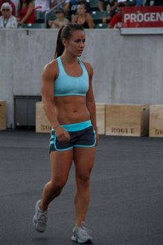 strong-is-the-new-skinny-20151127-18
