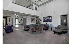 Don't like the decor, but love the room, n openness