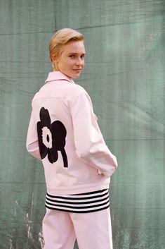 Marimekko, Winter Flowers, Mode Inspiration, Perfect Match, Adidas Jacket, Latest Fashion, Graphic Sweatshirt, House Design, Seasons