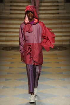 ap-fashionmemories:  Runway - FW16 - Victor Pastor Olivares - London College of Fashion - London Collections: Men