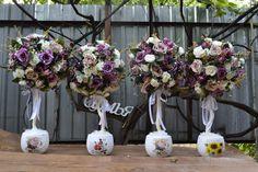 Топиарий из искусственных цветов свадебные, на стол гостям.