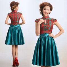 Red and green contrast color folk pattern brocade manndarin collar Chinese modern qipao cheongsam wedding dress 001