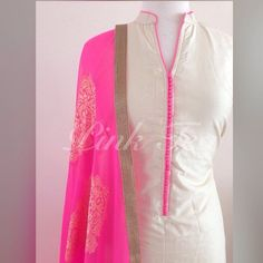 Salwar Neck Designs, Neck Designs For Suits, Churidar Designs, Kurta Neck Design, Dress Neck Designs, Blouse Designs, Punjabi Fashion, Indian Fashion, Indian Attire