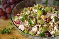 Obiad gotowy!: Sałatka królewska Polish Recipes, New Recipes, Cooking Recipes, Favorite Recipes, Recipies, Vegetable Salad, Potato Salad, Meal Prep, Food And Drink