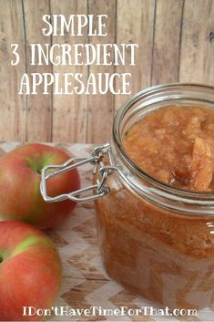 Trust me, once you have had homemade apple sauce you will never want to buy it in the store again. Not only does making you own applesauce save you money (which you know I am all about!), it also makes you house smell AMAZING Healthy Apple Desserts, Apple Recipes Easy, Apple Dessert Recipes, Fall Recipes, Healthy Apple Sauce Recipes, Vegan Recipes, Dinner Recipes, Homemade Applesauce Crockpot, Canned Applesauce