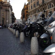 Offerte lavoro Genova  In due anni hanno rubato in città quattrocento veicoli  #Liguria #Genova #operatori #animatori #rappresentanti #tecnico #informatico Genova arrestata banda di ladri di moto e scooter