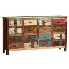 Aparador, hecho con madera reciclada de diferentes tonos