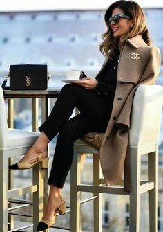 "Saved via Amy's board ""Paris Chic"" Chanel Street Style & More Details Chanel Street Style, Parisian Street Style, Chanel Style, Paris Street, Classy Outfits, Chic Outfits, Fall Outfits, Fashion Outfits, Sophisticated Outfits"
