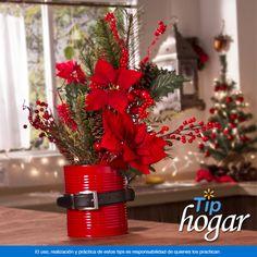 Centro de mesa . ¿Quieres decorar tu casa para esta época, ahorrando tiempo? Haz este centro de mesa con una lata reciclada y elementos navideños. Ven a Walmart y encuentra todo lo necesario para disfrutar Navidad, pagando menos. En Walmart SIEMPRE encuentras TODO y pagas menos.