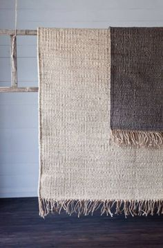 If you want the best eco-friendly rugs for your home, look no further than sisal, jute, seagrass or wool rugs from Natural Area Rugs. Natural Fiber Rugs, Natural Rug, Natural Living, Natural Colors, Textiles, Jute Rug, Sisal Rugs, Nature Decor, Home And Deco