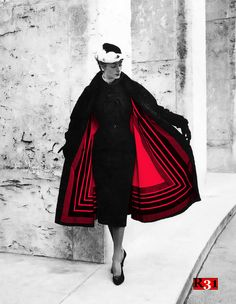 Model wearing Jacques Fath photographed by Willy Maywald, The coat has a unique lining that resembles a huge scarf with a striped pattern. Jacques Fath, Club Fashion, Fashion Moda, Womens Fashion, Fashion Trends, Fashion Fashion, High Fashion, Winter Fashion, Fashion Dresses