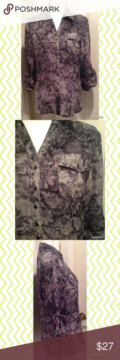 🌻 Norton McNaughton Top Size: 10. 100% Polyester. Tops Tees - Long Sleeve