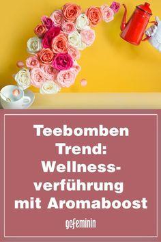 Habt ihr schon vom neuesten Trend mit Surprise-Garantie gehört? Teebomben sind bei TikTok und Instagram der wohl heißeste Hype, den wir kennen. Was an Tee so aufregend sein kann? Seht selbst!#Teebomben #Wellness #Tee #Gesundheit Trends, Matcha, Tutorials, Wellness, Instagram, Ginger Lemonade, Mint Tea, Diy Home Crafts, Diy Presents