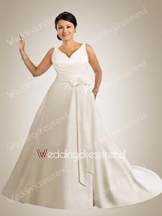 Exquisite A-line V-neck Plus Size Wedding Dress with Buttons and A Bow