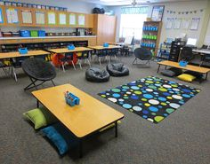 Check out all of these alternative seating options! Pillows, bean bags, comfy chairs, and stability balls! What a neat layout idea if you're looking for something different from chairs and desks!!