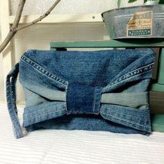 デニムリメイククラッチバック Denim Bag, Denim Jeans, Farmer, Clutches, Indigo, Upcycle, Felt, Purses, Sewing