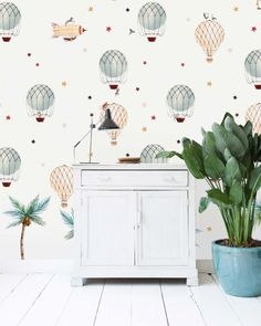 This lovely wallpaper design of Creative Lab Amsterdam will give your little one a warm welcome into the world. The balloons will bring them to great heights. Gold Sand, Creative Labs, Baby Room Design, The Balloon, Designer Wallpaper, New Homes, Amsterdam, Home Decor, Child Room