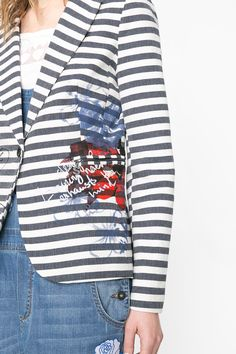 Looking for a classy look? Marine style always fits with details denim and red. Try it on!