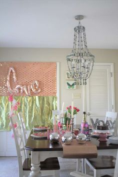 You are going to love this beautiful Easy and Glam Valentine's Day Party! See more party ideas and share yours at CatchMyParty.com
