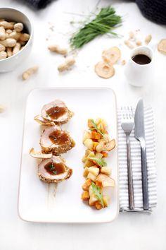 Filet mignon, sauce sirupeuse sucrée/salée, patates douces et poires poêlées