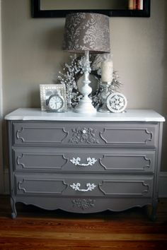 Elegant & Lovely Victorian 3 Drawer Chest of by thecopperlantana, $125.00