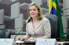 Correndo o risco de ser presa, Gleisi é eleita vice-presidente da comissão de assuntos econômicos do Parlasul