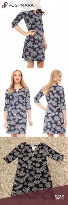 Hatley Mandala Cotton Dress Representing spiritual wholeness and balance, the mandalas all over the gorgeous Mandalas Peplum Sleeve Dress by Hatley will make you feel at one with your confidence and look. Perfect for those summer days at the pool!  * Semi fitted * Slight A line cut * Contrast stitching * 3/4-length sleeve * Notched neckline with set-in trim * Side slits at sweep hem * 100% cotton * Cold gentle hand wash * Produced with awareness of environmental and social impact * Excellent…
