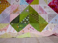 Warm and Cool Hearts Color Value Quilt Tutorial Happy Week, Heart Day, Valentine Day Crafts, Quilt Tutorials, Quilt Making, Wall Design, Sewing Projects, Triangle, Pillow Covers