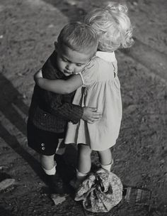 Children of the Czechoslovak Republic, ca. photo by Frank Pekar (? Baby Massage, Photo Calin, Free Hugs, Expo, Sweet Couple, Historical Photos, Aesthetic Pictures, Online Art, Cute Kids