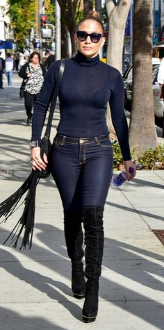 14 of the J.Lo-iest Outfits Jennifer Lopez Has Ever Worn - DECEMBER 2015 from InStyle.com