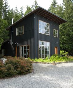 Future Home Interior modern-rustic-home-with-black-exterior-wearedesignbureau.Future Home Interior modern-rustic-home-with-black-exterior-wearedesignbureau Modern Rustic Homes, Modern Farmhouse Exterior, Rustic Exterior, Farmhouse Style, Modern Cottage, Farmhouse Decor, Rustic Houses, Contemporary Cottage, Eclectic Modern