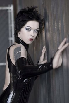 Naked apneatic goth glam pics gallery