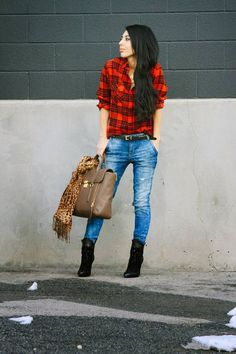 Cool 41 Unique Winter Women Style with Casual Flannel Outfits . Cute Flannel Outfits, Cute Outfits, Flannel Shirts, Plaid Flannel, Plaid And Leopard, Red Plaid, Leopard Scarf, Love Fashion, Womens Fashion