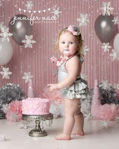 Metallic, fabulous and sparkly, this number will make your cake smash session shine! First Birthday Winter, Winter Birthday Parties, Baby Girl 1st Birthday, Girl Birthday Themes, Birthday Ideas, Winter Onederland Party Girl 1st Birthdays, Winter Wonderland Birthday, Smash Cake Girl, Birthday Cake Smash