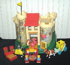 Play Family Castle