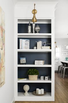 Painted Bookshelves, White Bookshelves, Fireplace Bookshelves, Bookcases, Accent Wall Colors, Luxury Interior Design, Home Projects, Diy Furniture, Coaster Furniture