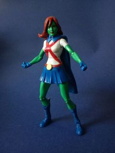 Miss Martian -M'gann M'orzz (Young Justice) Custom Action Figure